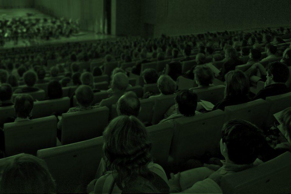 Notas al programa, críticas y reseñas